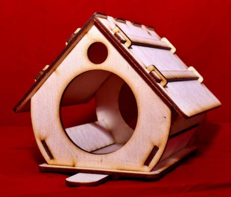 Vogelhaus - Futterstelle aus Holz