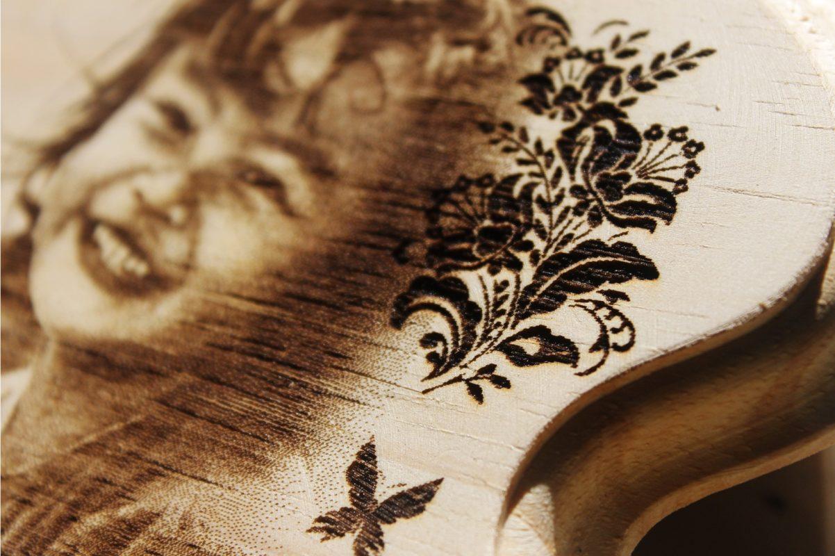Laser Gravur Holz Dekoration