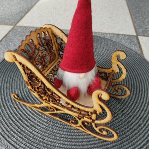 weihnachtsdeko-aus-holz-schlitten-weihnachtsmann