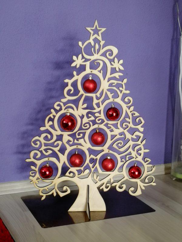 weihnachtsdekoration-aus-holz-weihnachtsbaum-variante3-groß-natur_mit_Kugeln.jpg