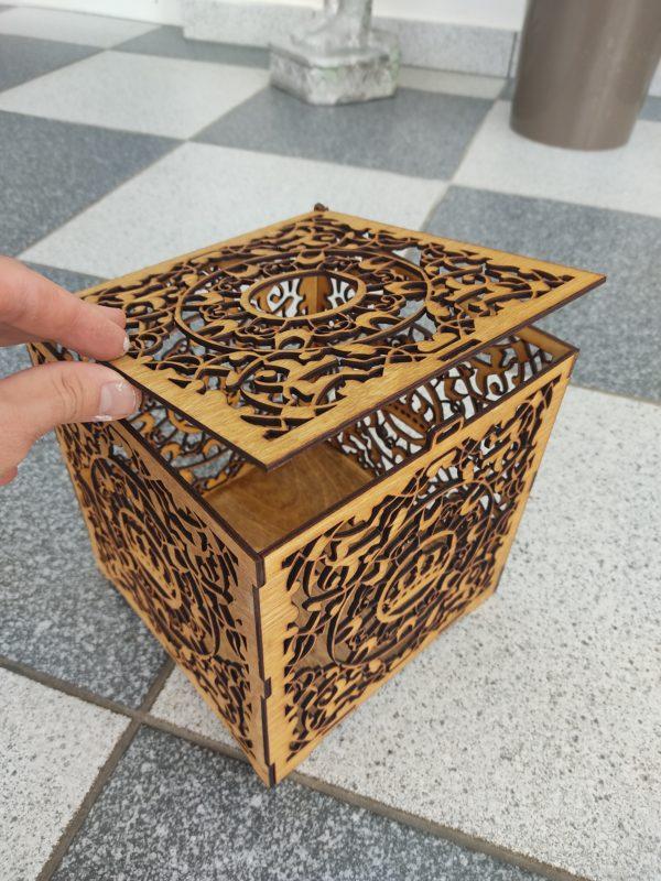 hochzeitsdeko-aus-holz-geschenkbox-offen-braun