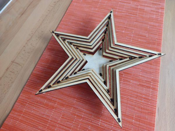 weihnachtsdeko-aus-holz-dekoteller-stern-seite