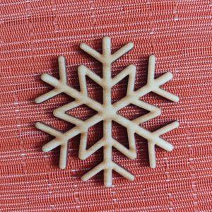 weihnachtsdeko-aus-holz-schneeflocke2